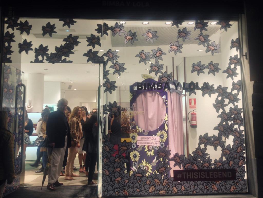 Fashion's Night Out Window display Bimba y Lola